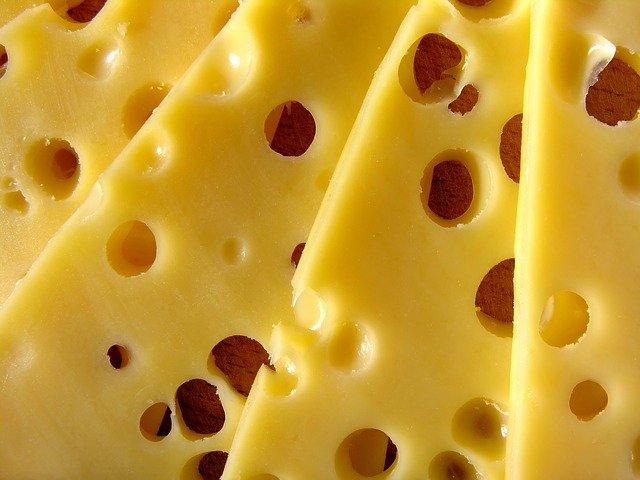 děravý sýr
