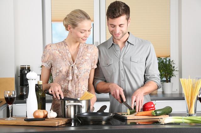 muž, žena, vaření