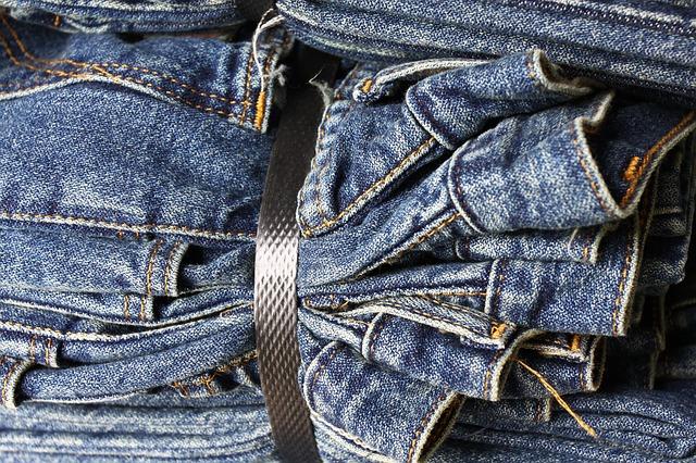 svázané džíny