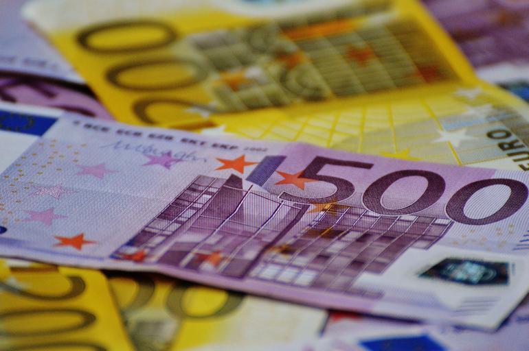 položená eura