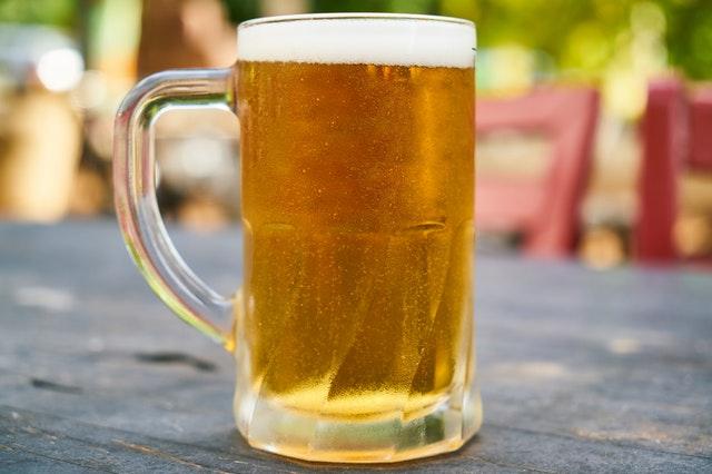 pohár piva