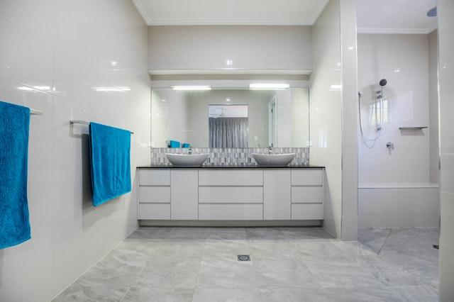 koupelnové skříňky.jpg