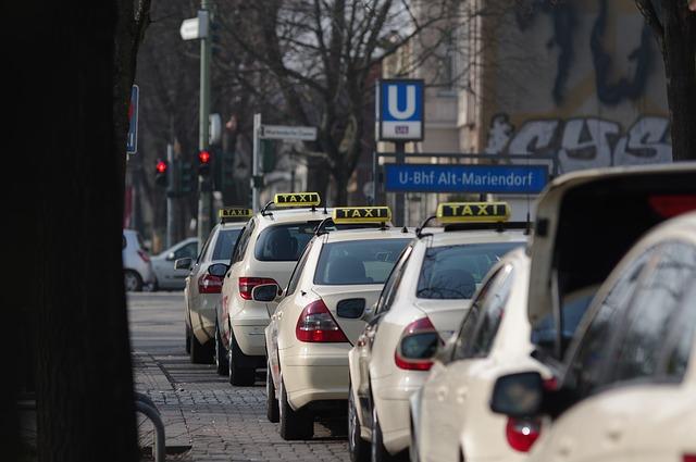 čekající taxíky